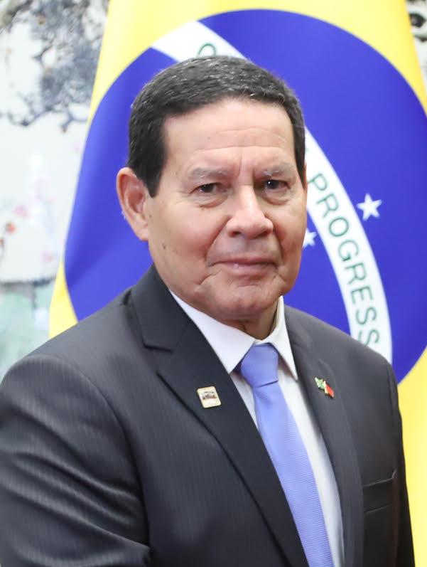 Resultado de imagem para vice presidente mourão