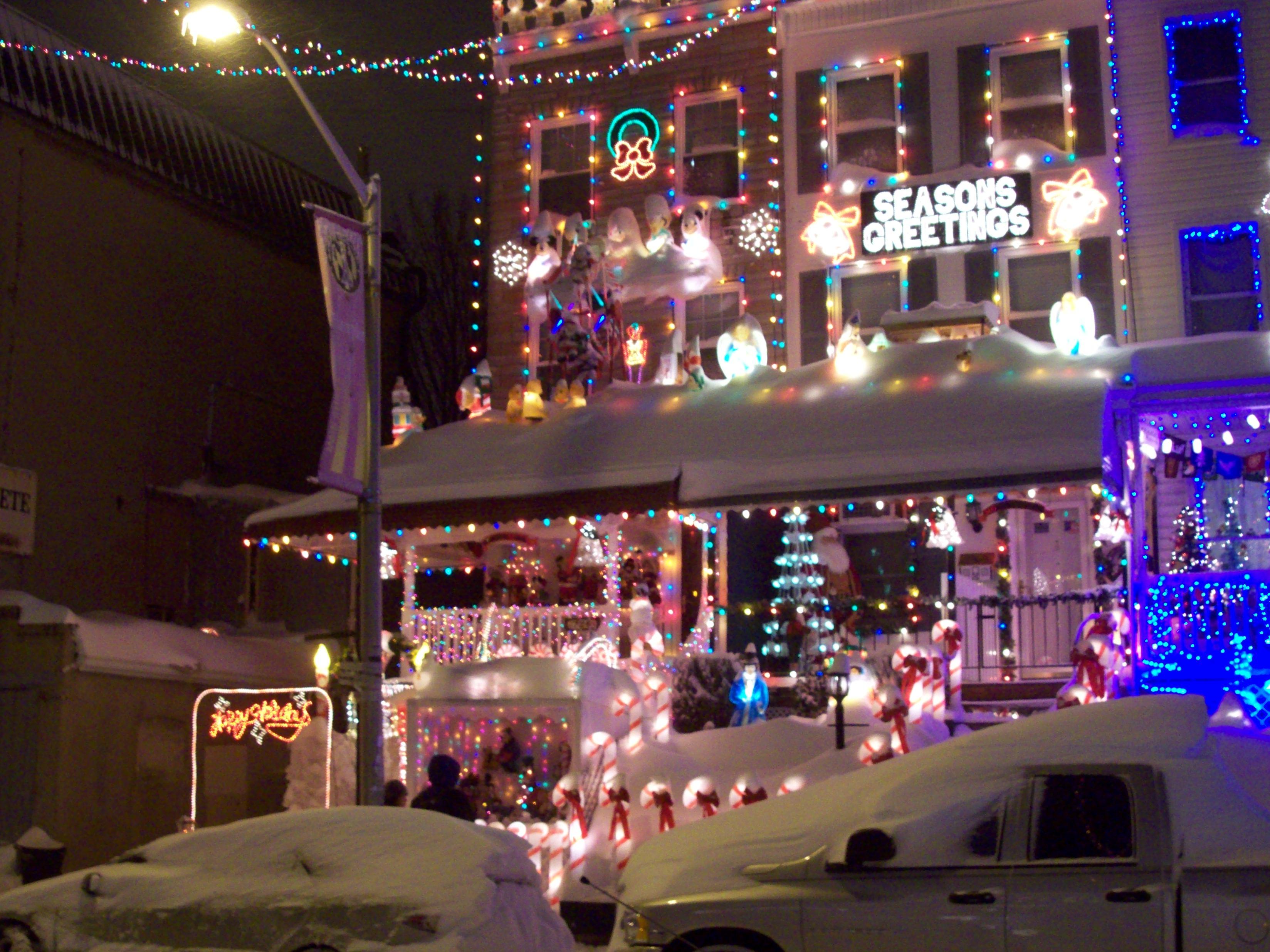file34th street lights hampdenjpg - Baltimore 34th Street Christmas Lights