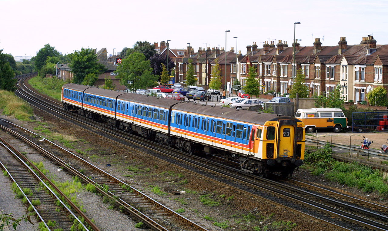 British Rail Class 423 - Wikipedia