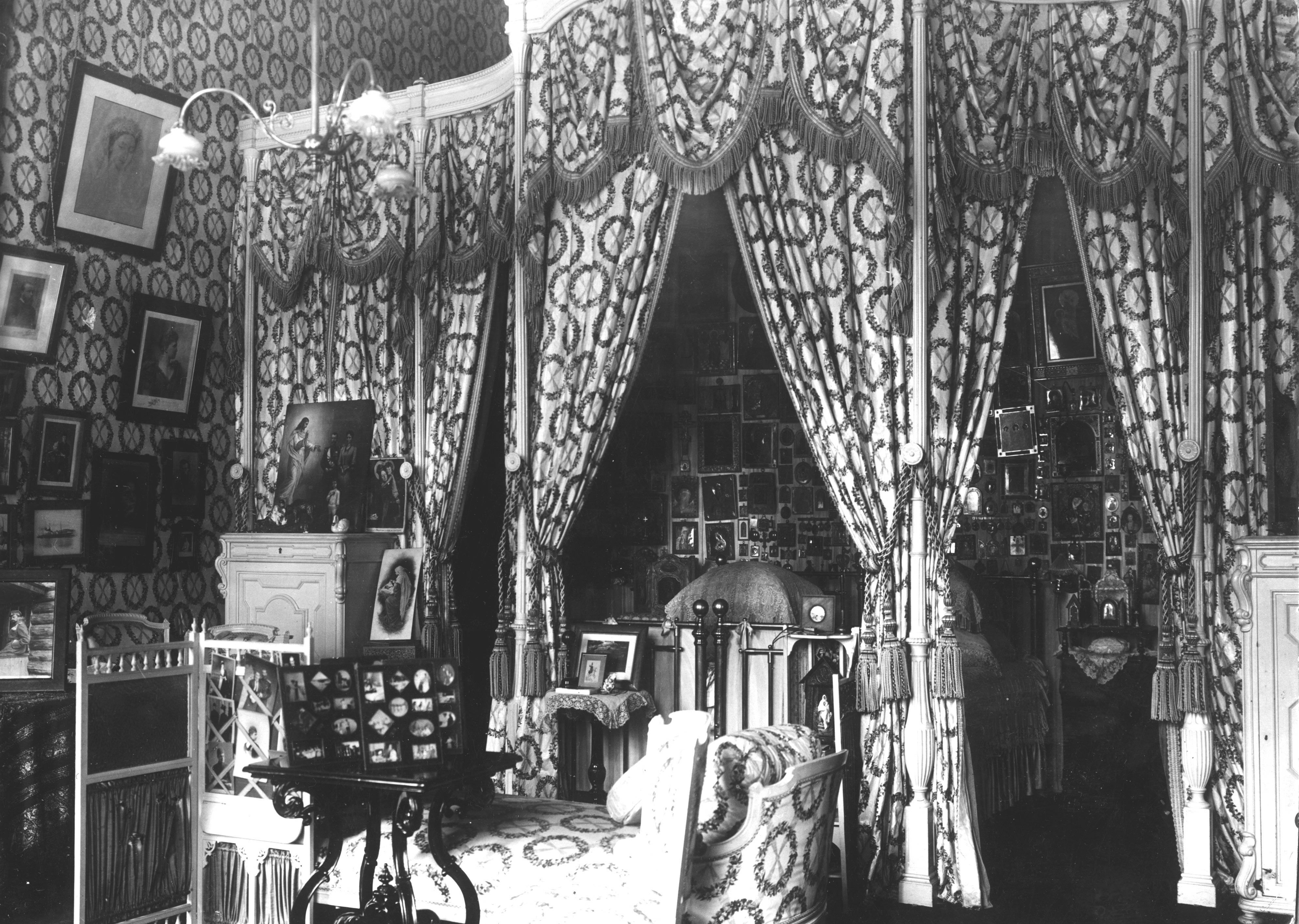the imperial bedroom photos