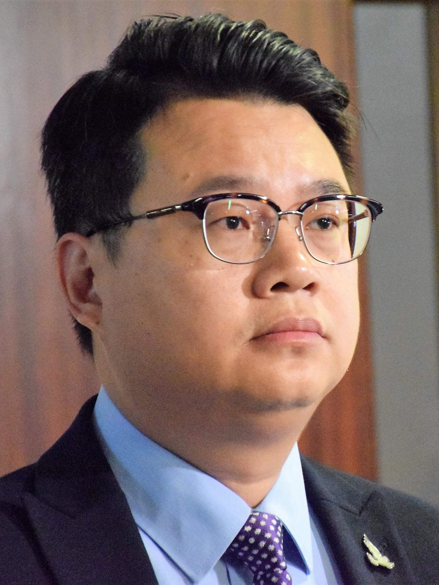 Andrew Wan - Wikipedia