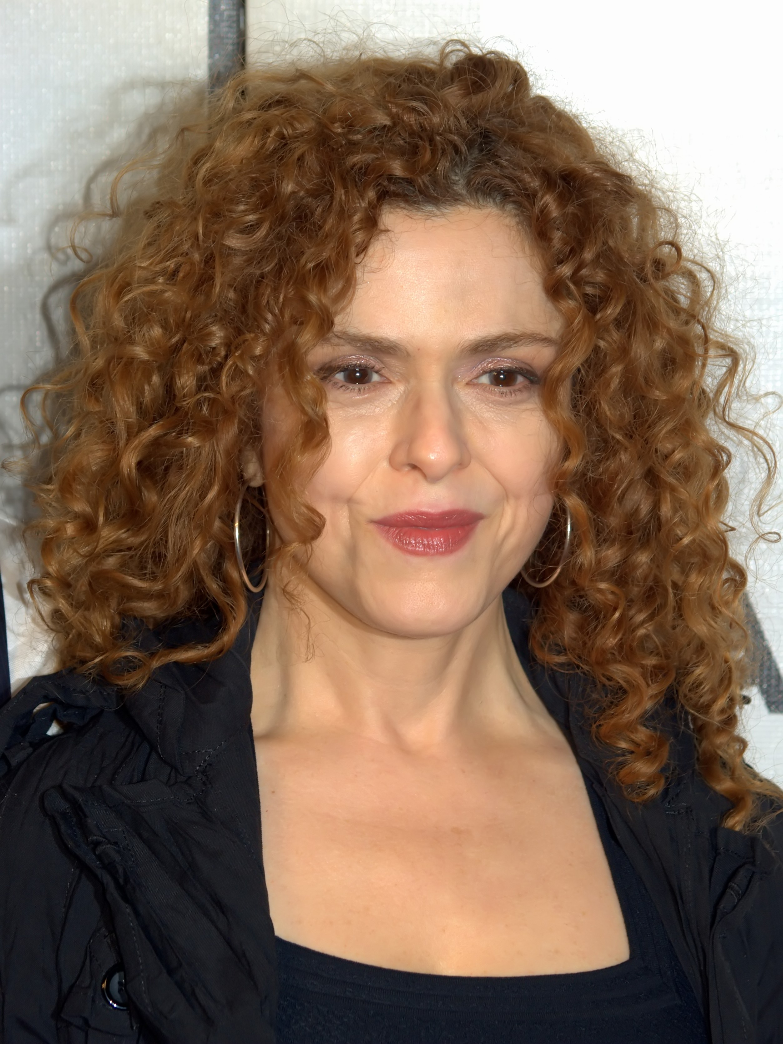 hair style curly hair bernadette peters 187 steckbrief promi geburtstage de 2426