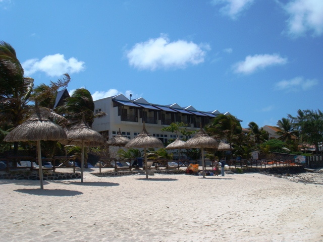 Blue Lagoon Beach Hotel Pointe D Esny
