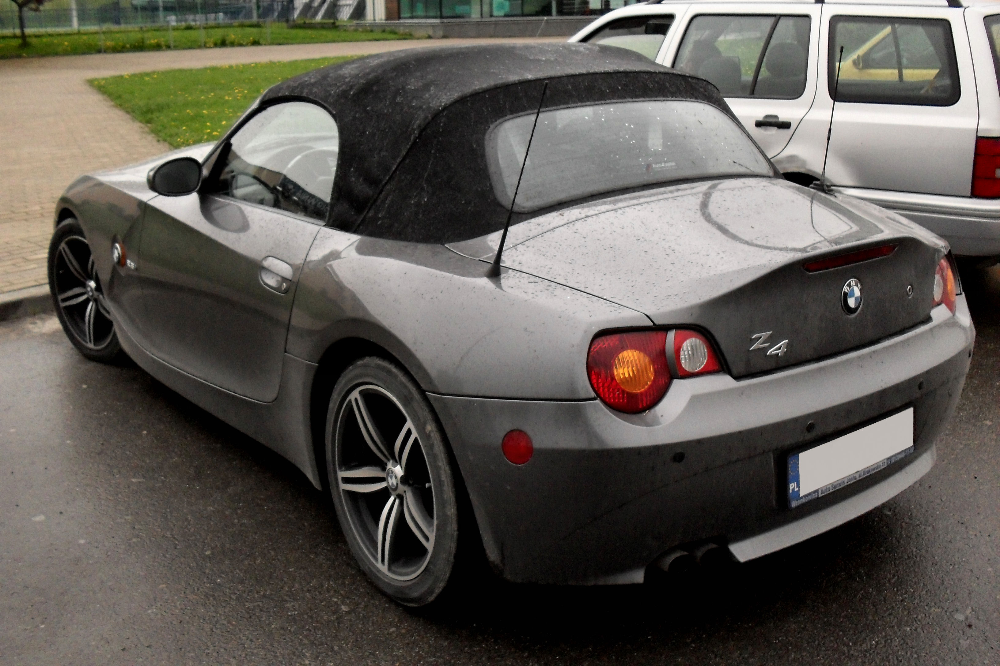 File Bmw Z4 Jaslo Jpg Wikimedia Commons