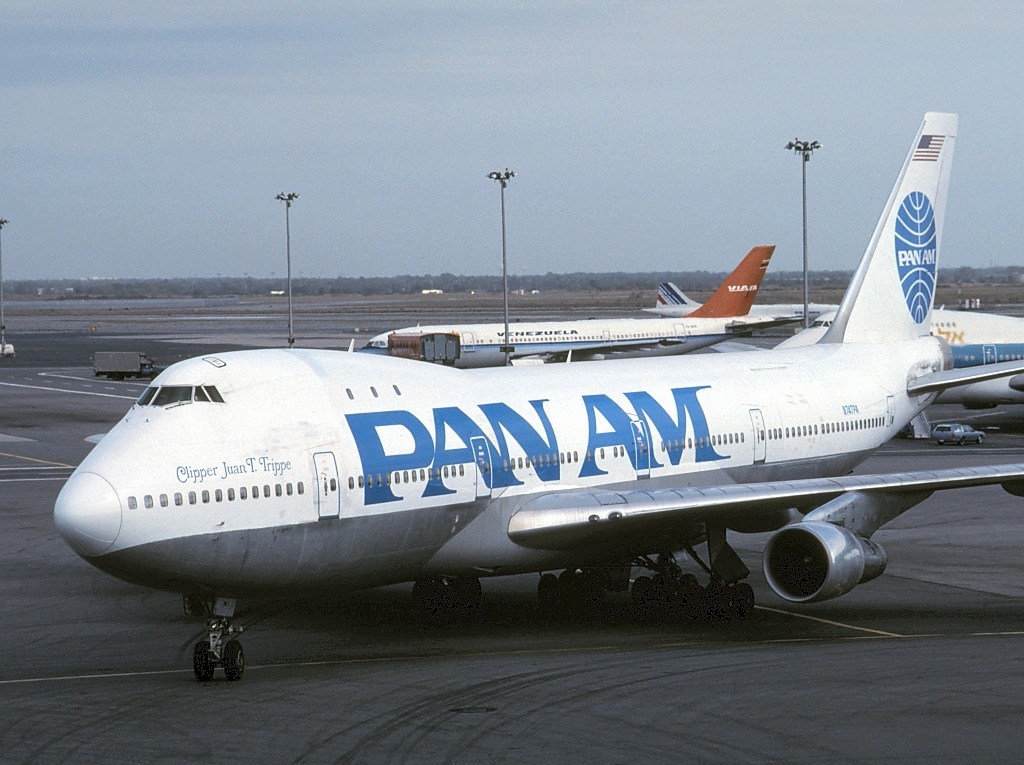 https://upload.wikimedia.org/wikipedia/commons/f/fa/Boeing_747-121%28A-SF%29,_Pan_American_World_Airways_-_Pan_Am_AN0133908.jpg