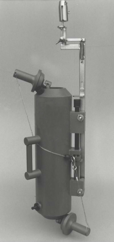 File botella de toma de muestras de wikimedia for Toma de agua