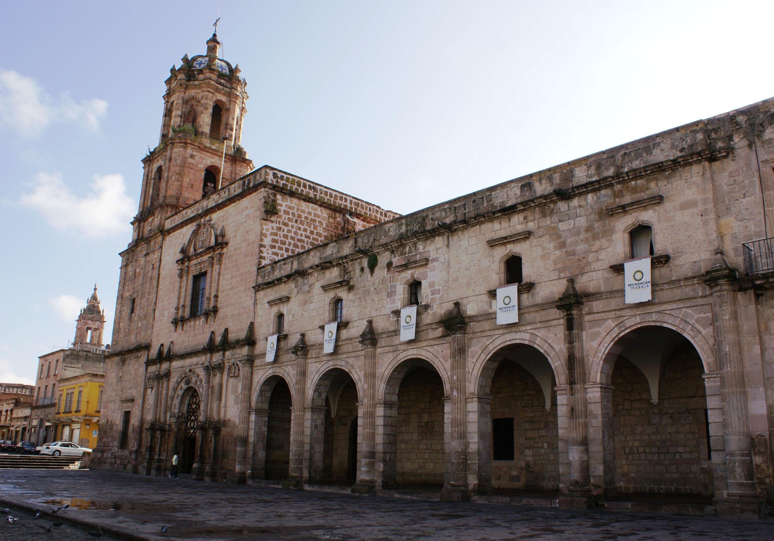 Casa de las Artesanías de Michoacán 001.jpg