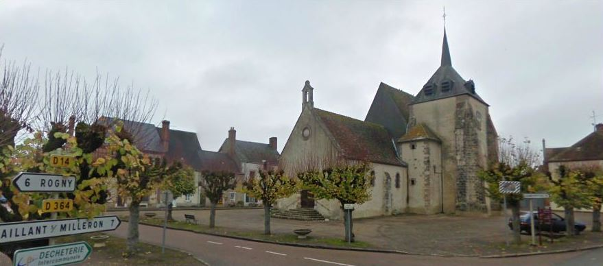 Champcevrais, small village in the Yonne depatement, Burgondy, France. Central square.