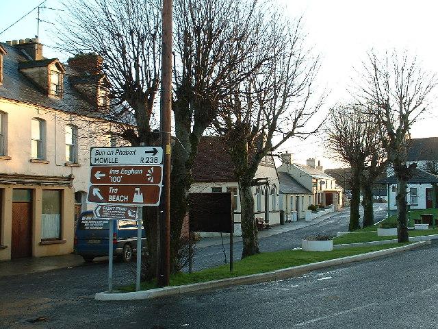 Файл:Culdaff village centre, Inishowen - geograph.org.uk - 125471 ...