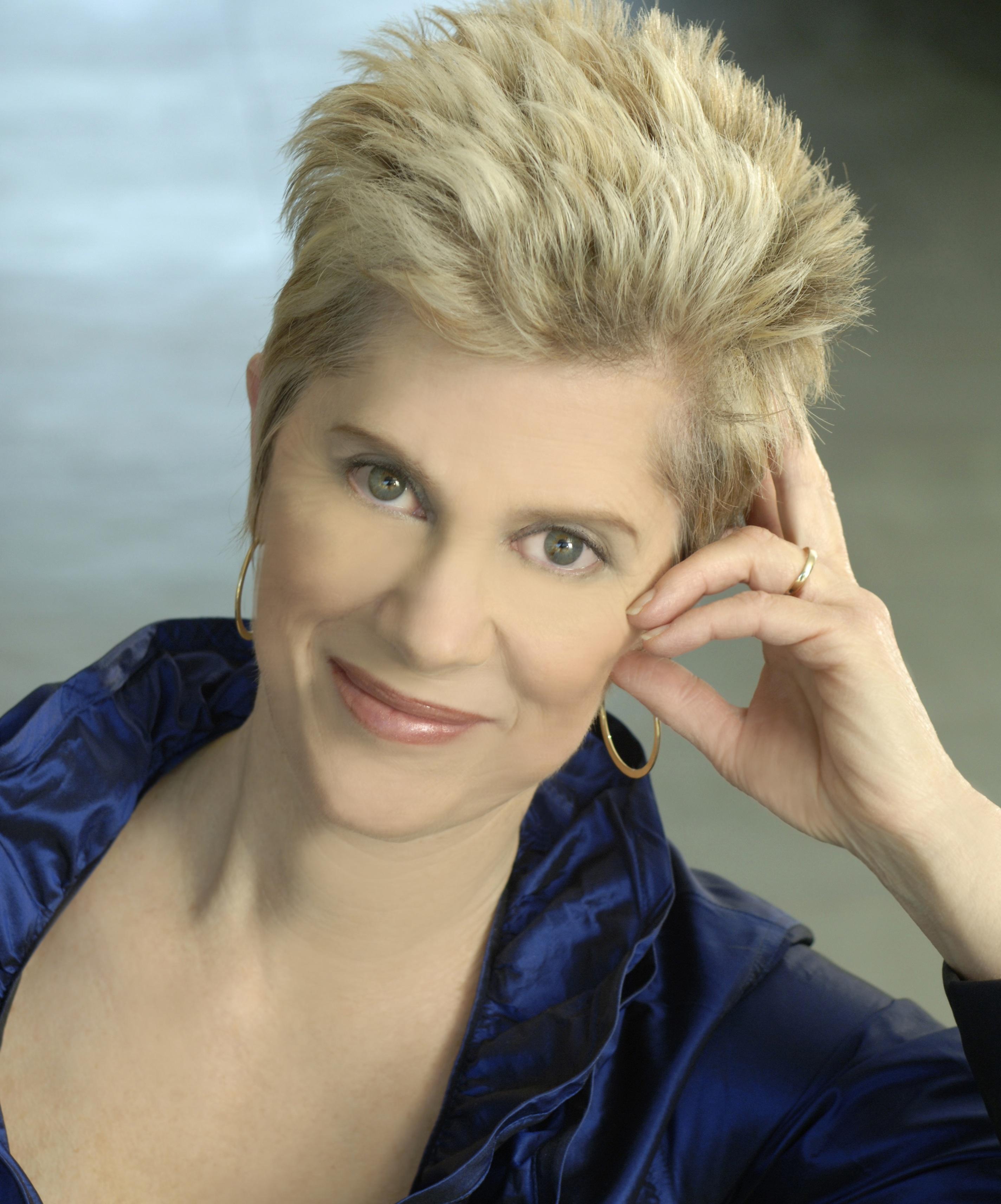 Headshot of Deborah King