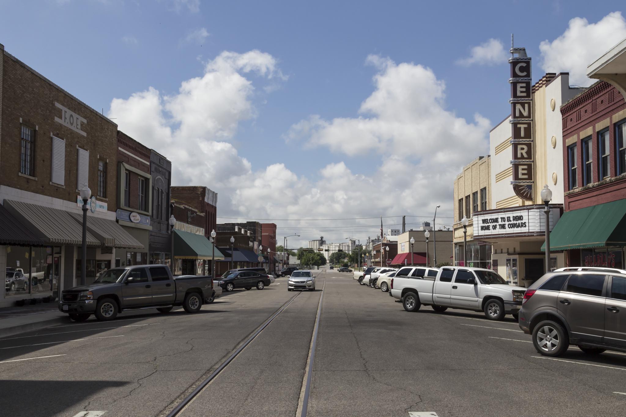 Sears Lawton Ok >> File:Downtown El Reno Oklahoma 5-31-2014.jpg - Wikimedia ...