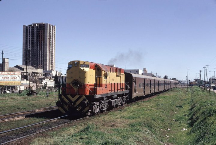 Archivo:Ferrocarril san martin.jpg