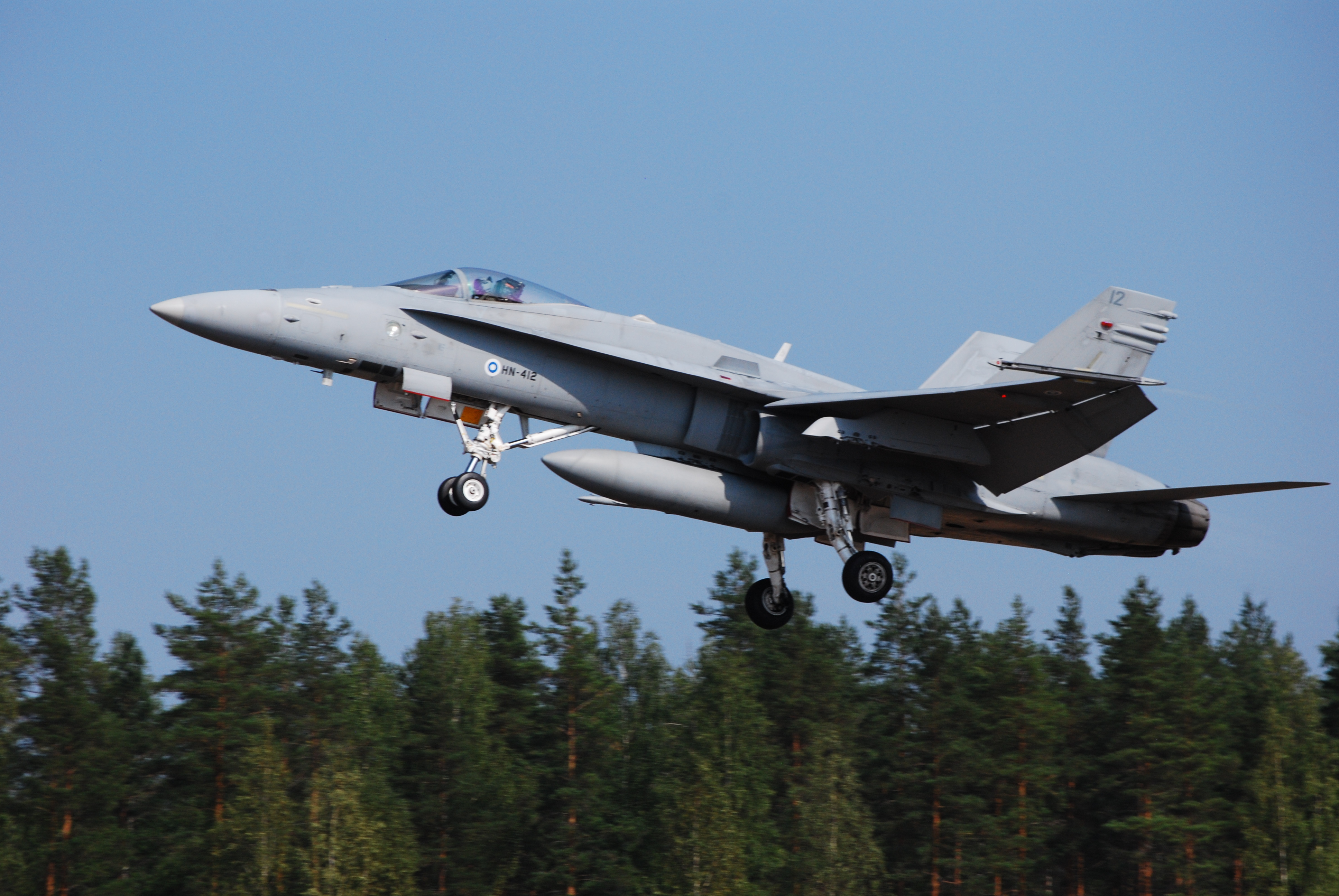 File:Finnish Air Force...