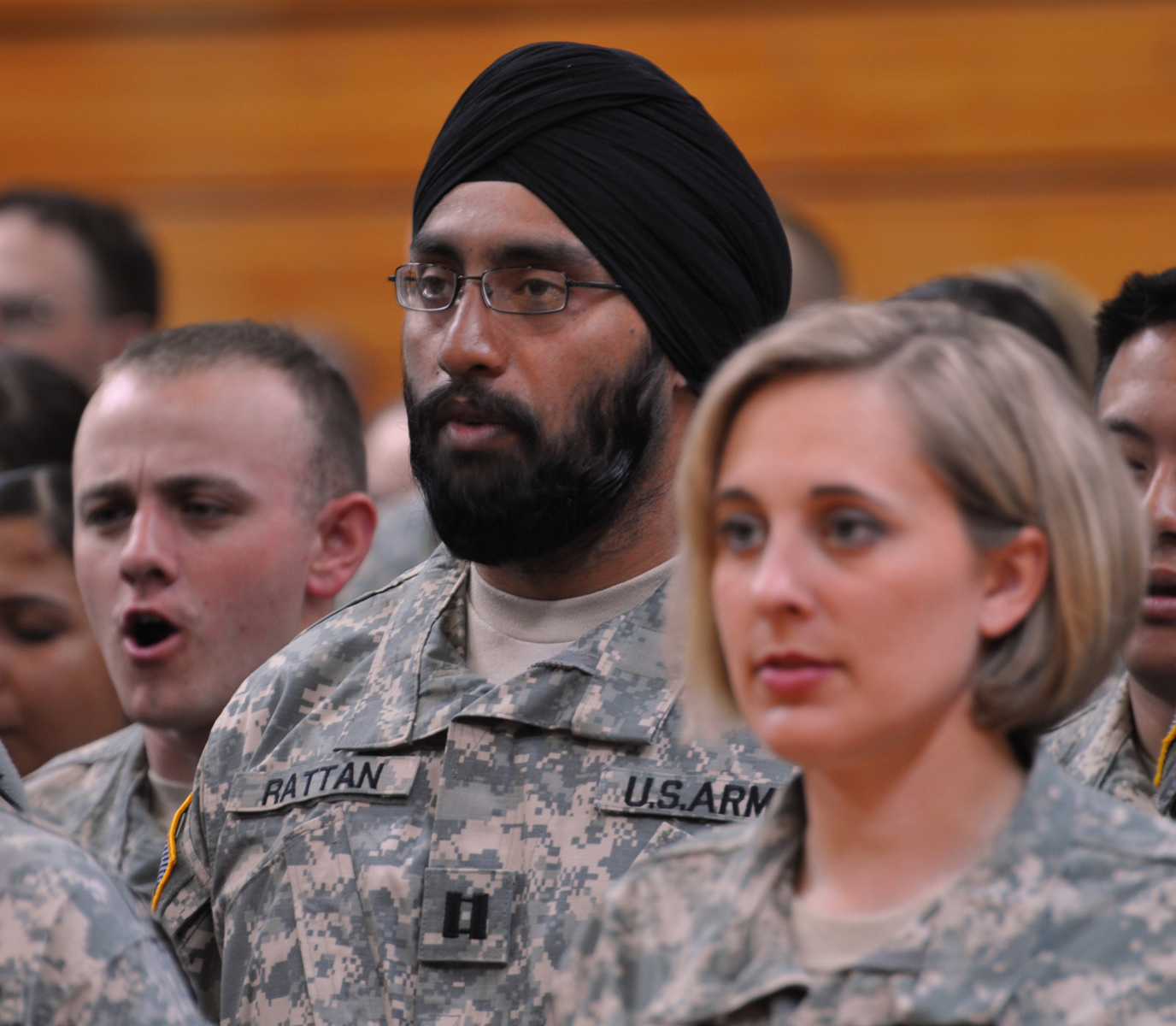 New Air Force Dress Code Enables Sikhs, Muslims to Observe Their Faith