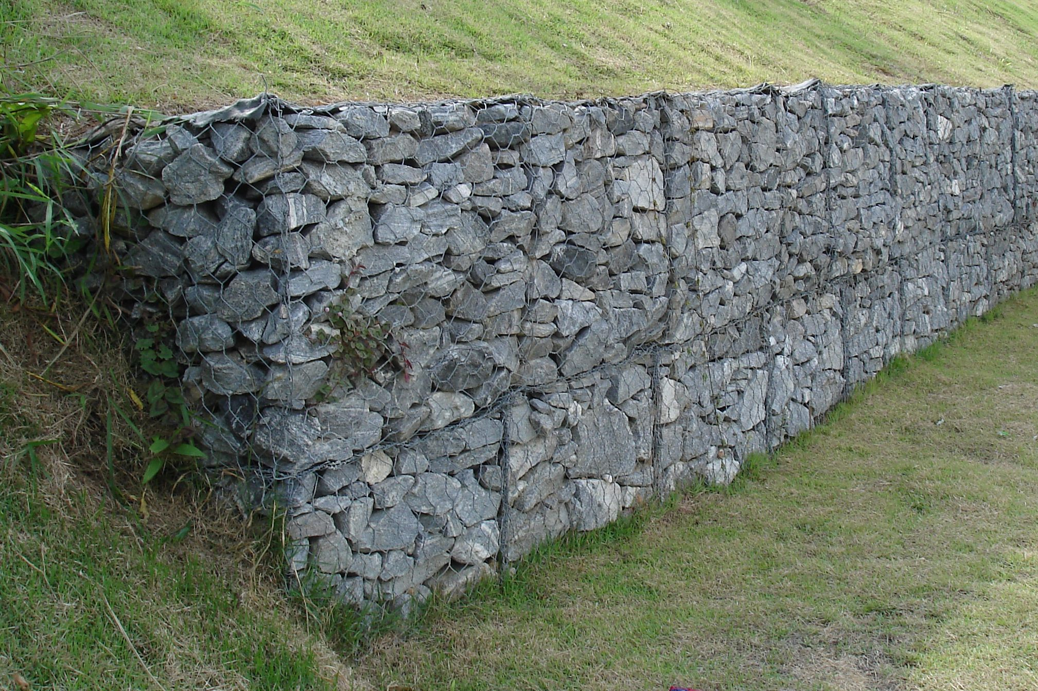 Pin gabion stone on pinterest Gabion wall design