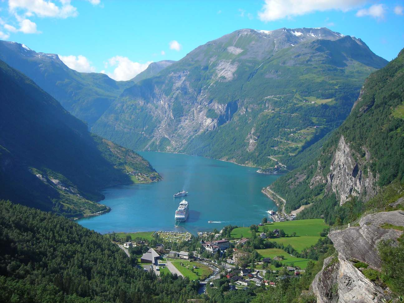 Geiranger Norway  City new picture : Geiranger2 Wikipedia, the free encyclopedia