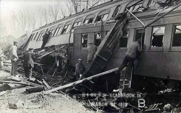 Wooden coaches that telescoped during the Green Mountain Train Wreck