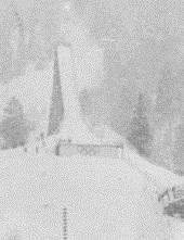 Le nouveau tremplin de saut à ski, le Große Olympiaschanze.