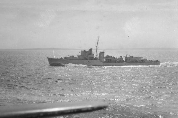 HMS Croome (L62).jpg