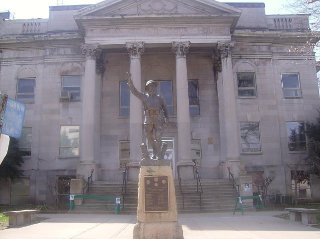 File:Harlan County Courthouse, Kentucky.jpg