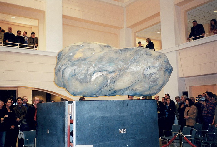 The Floating Stone