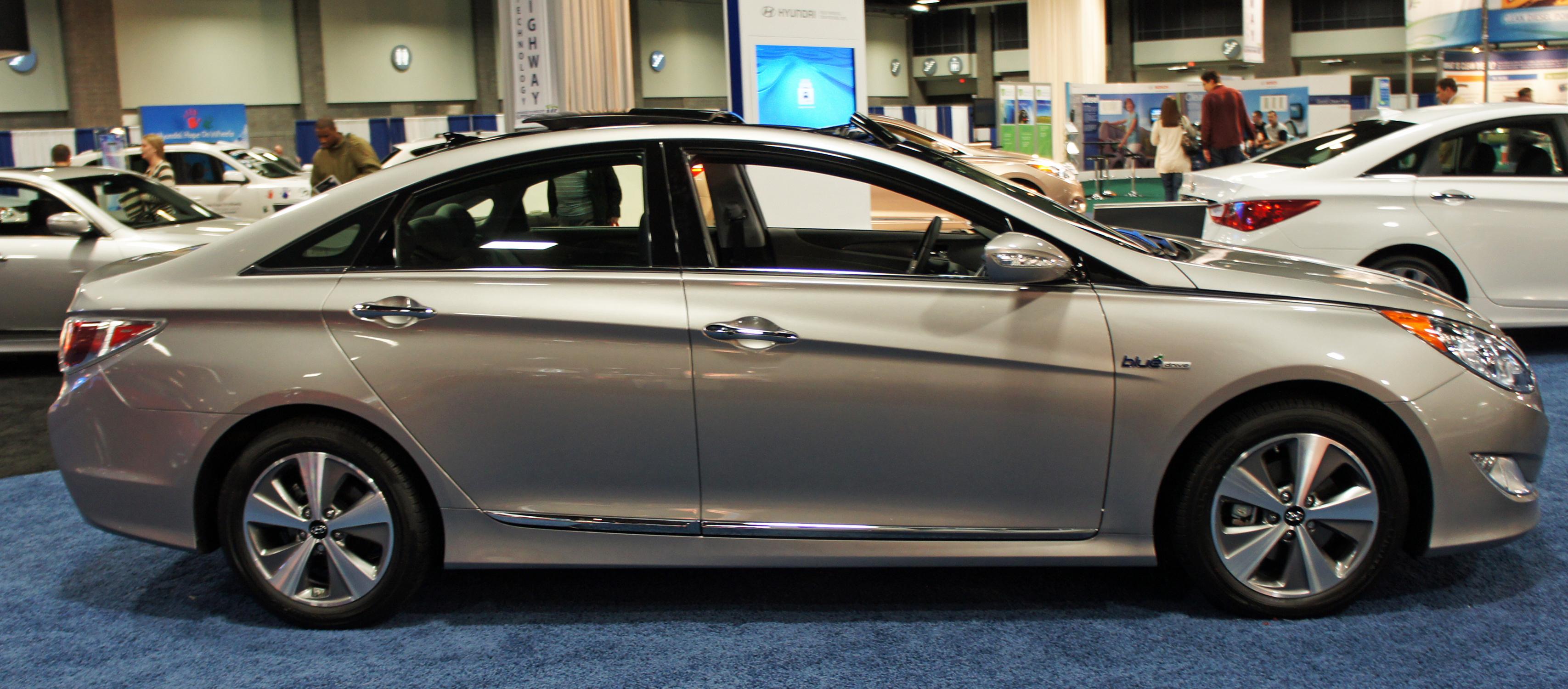 File Hyundai Sonata Hybrid Was 2012 0684 Jpg Wikimedia