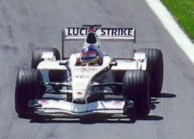 Jacques Villeneuve driving the 003 at the 2001 Canadian Grand Prix.