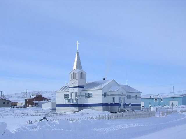 File:Kugluktuk RC Church.jpg