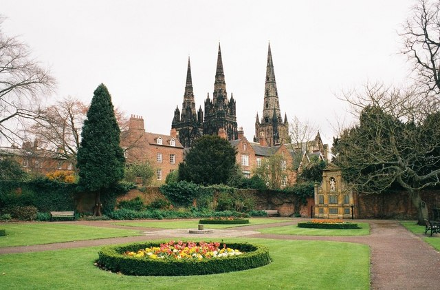 Lichfield, Garden of Remembrance and cathedral - geograph.org.uk - 493394