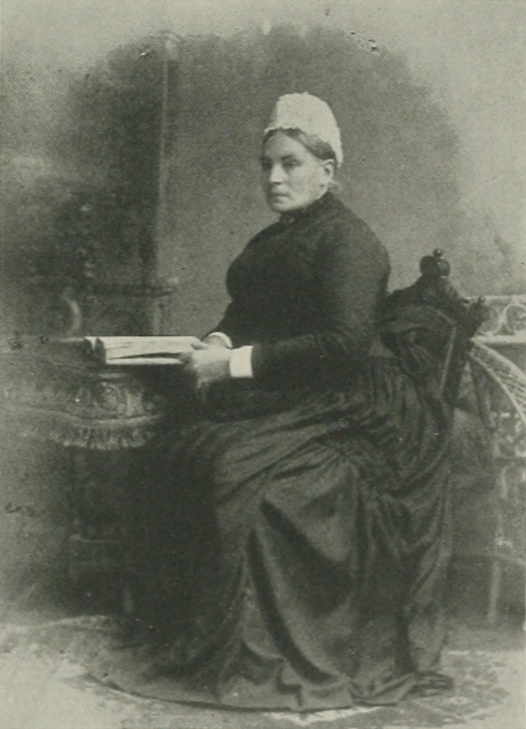 MARY J. LAWSON A woman of the century (page 463 crop).jpg