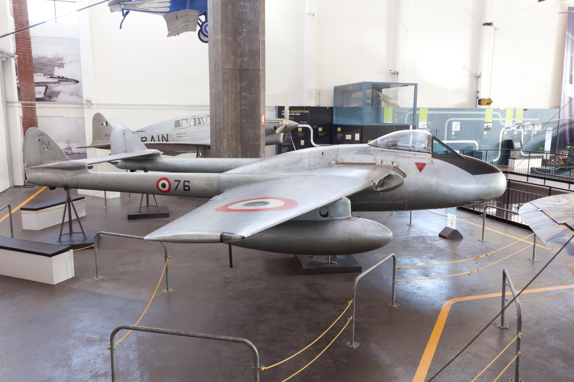 Macchi_DH_100_Vampire_Museo_scienza_e_te