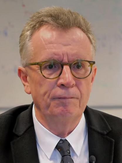 Martin Ravallion (2016)