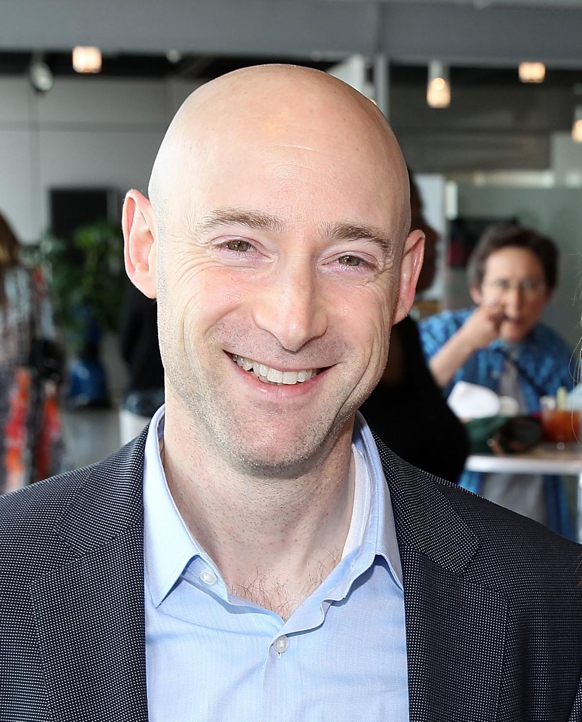 Matt Bai - Wikipedia