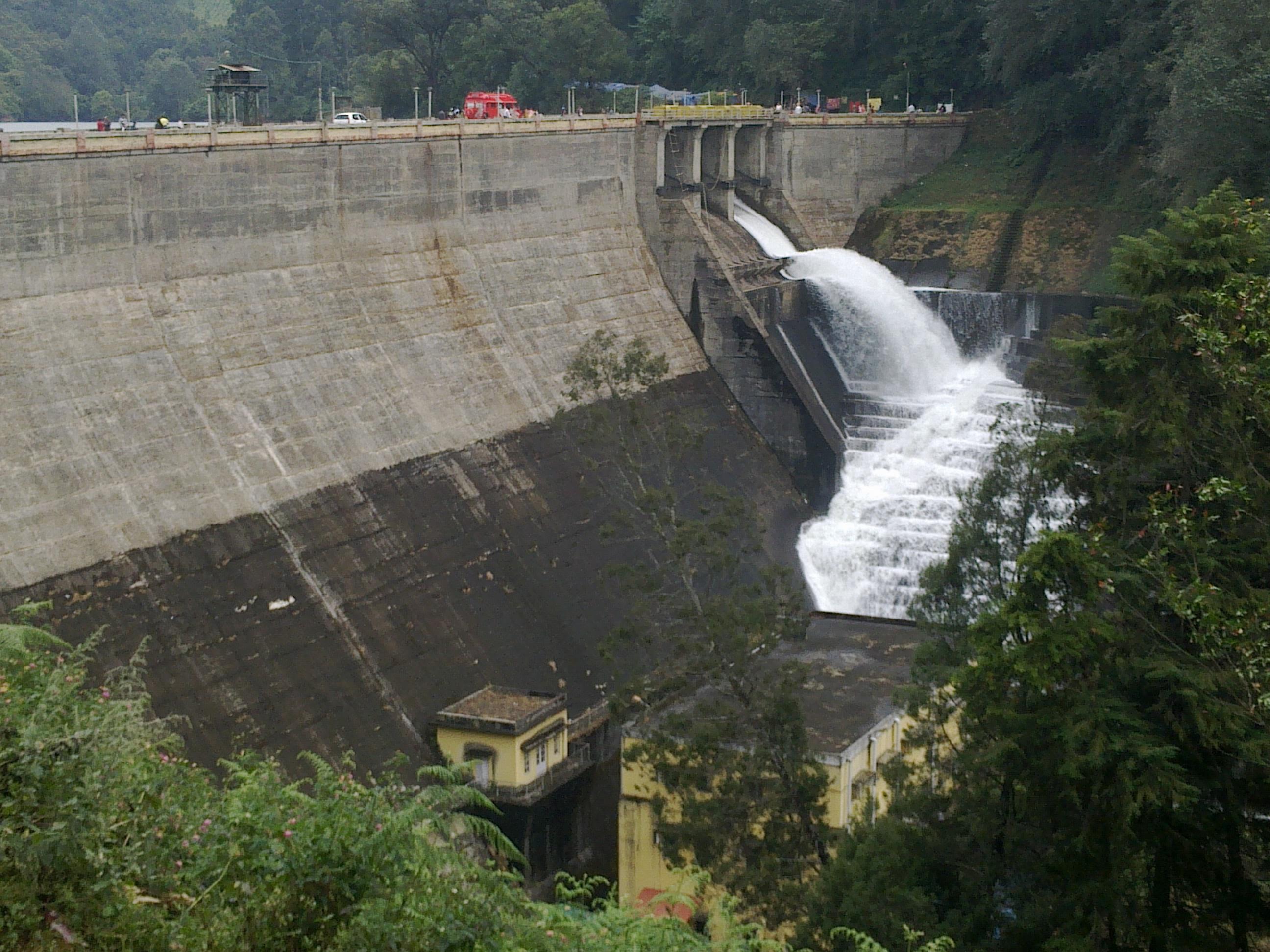 Mattupetty Dam - Make Our Moments