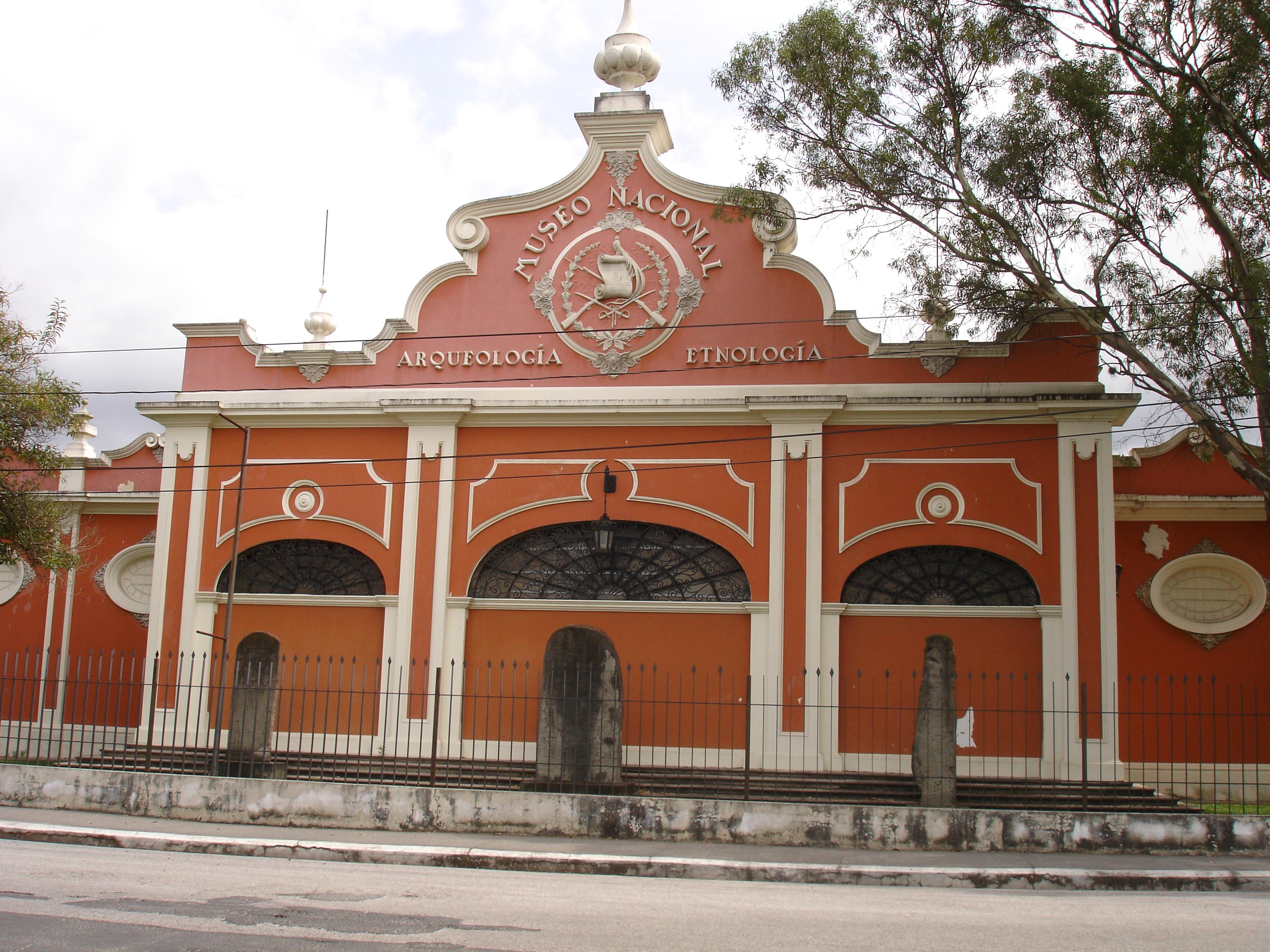 Museo De.Museo Nacional De Arqueologia Y Etnologia Wikipedia
