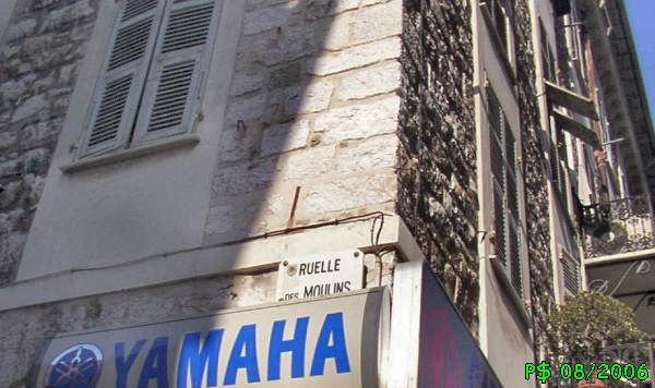 NIKAIA-moulinsRuelleTitre.jpg