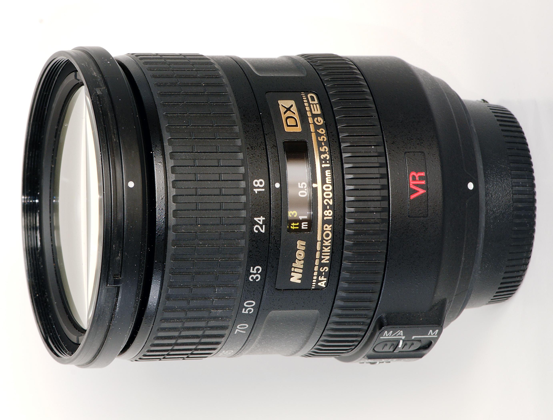 Nikon 18 200mm f 3 5 5 6 G ED IF AF S VR DX