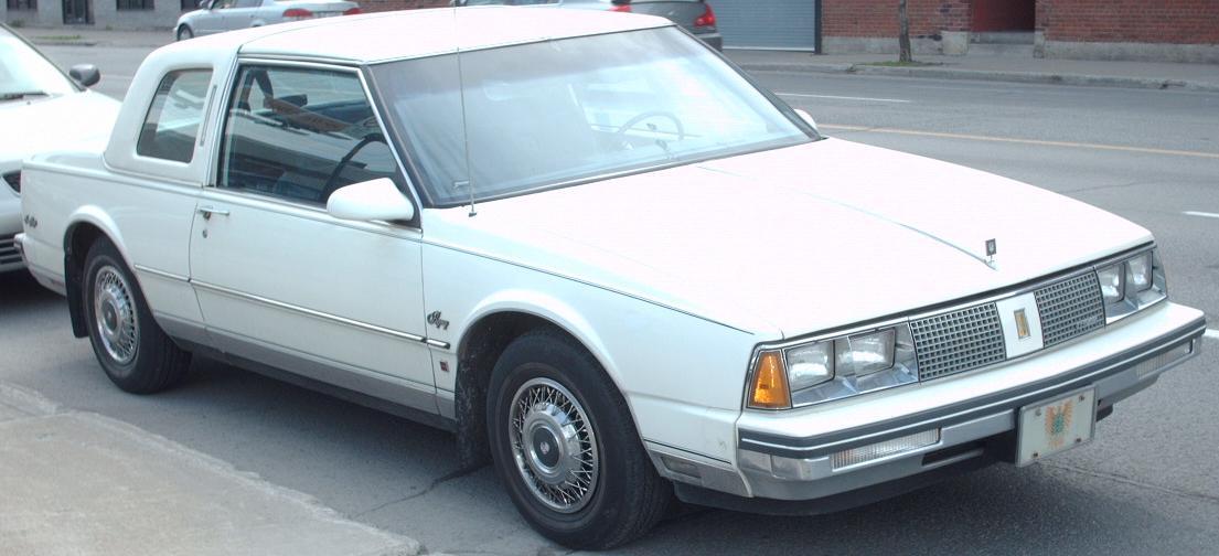 Oldsmobile Ninety Eight Touring Sedan
