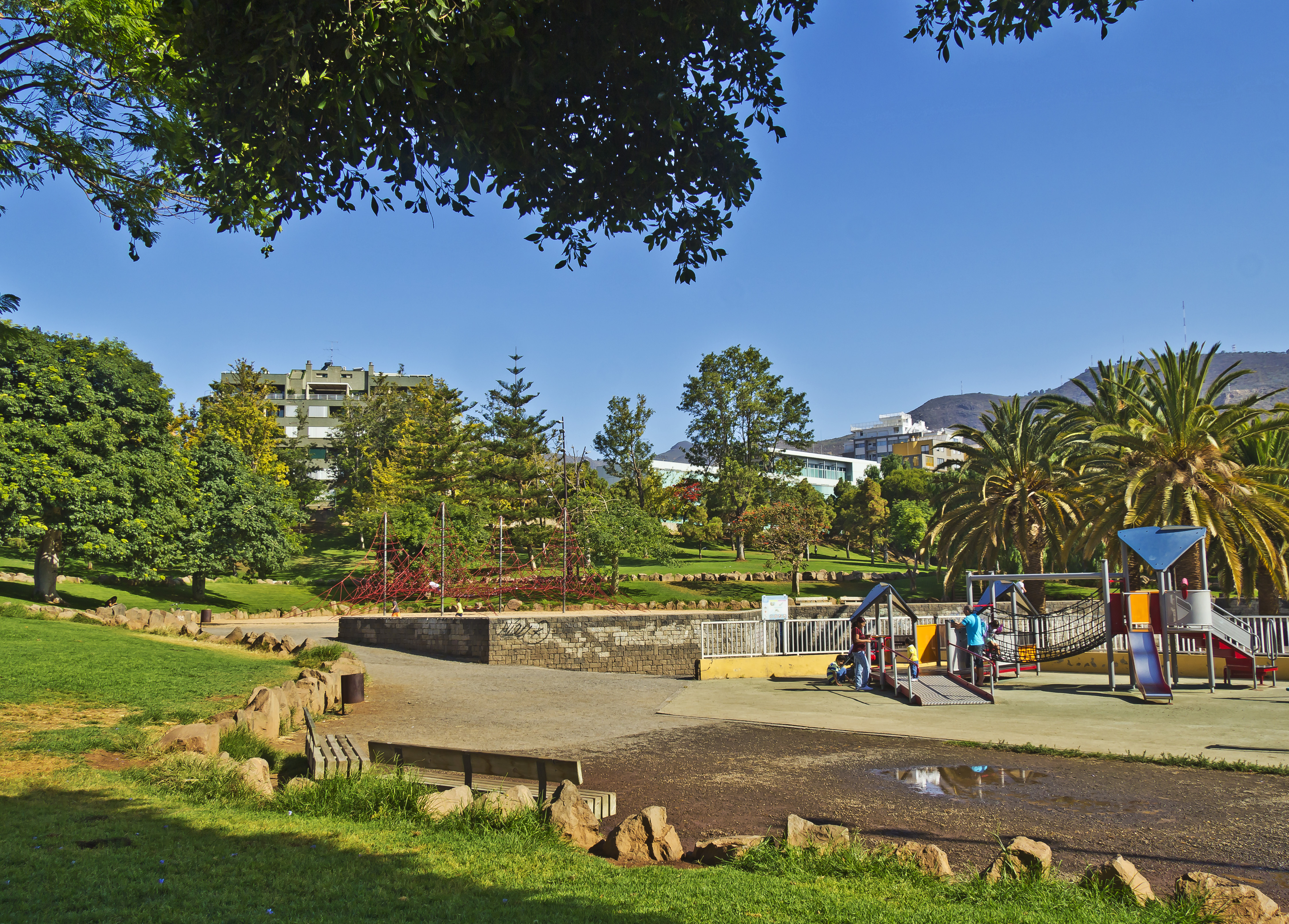 File parque la granja wikimedia commons - Parques infantiles en santa cruz de tenerife ...