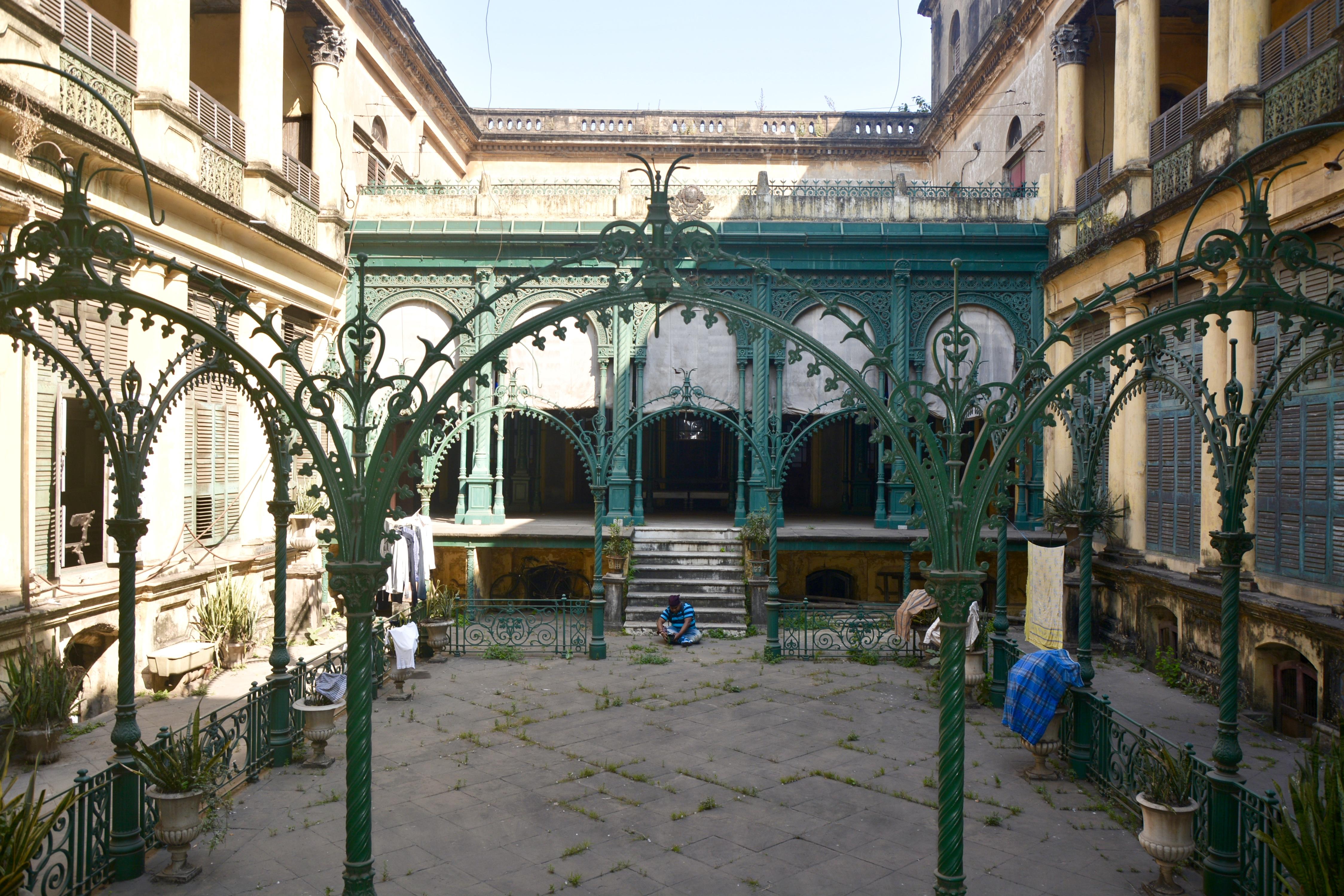 File:Pathuriaghata Jadulal Mallick House 02.jpg
