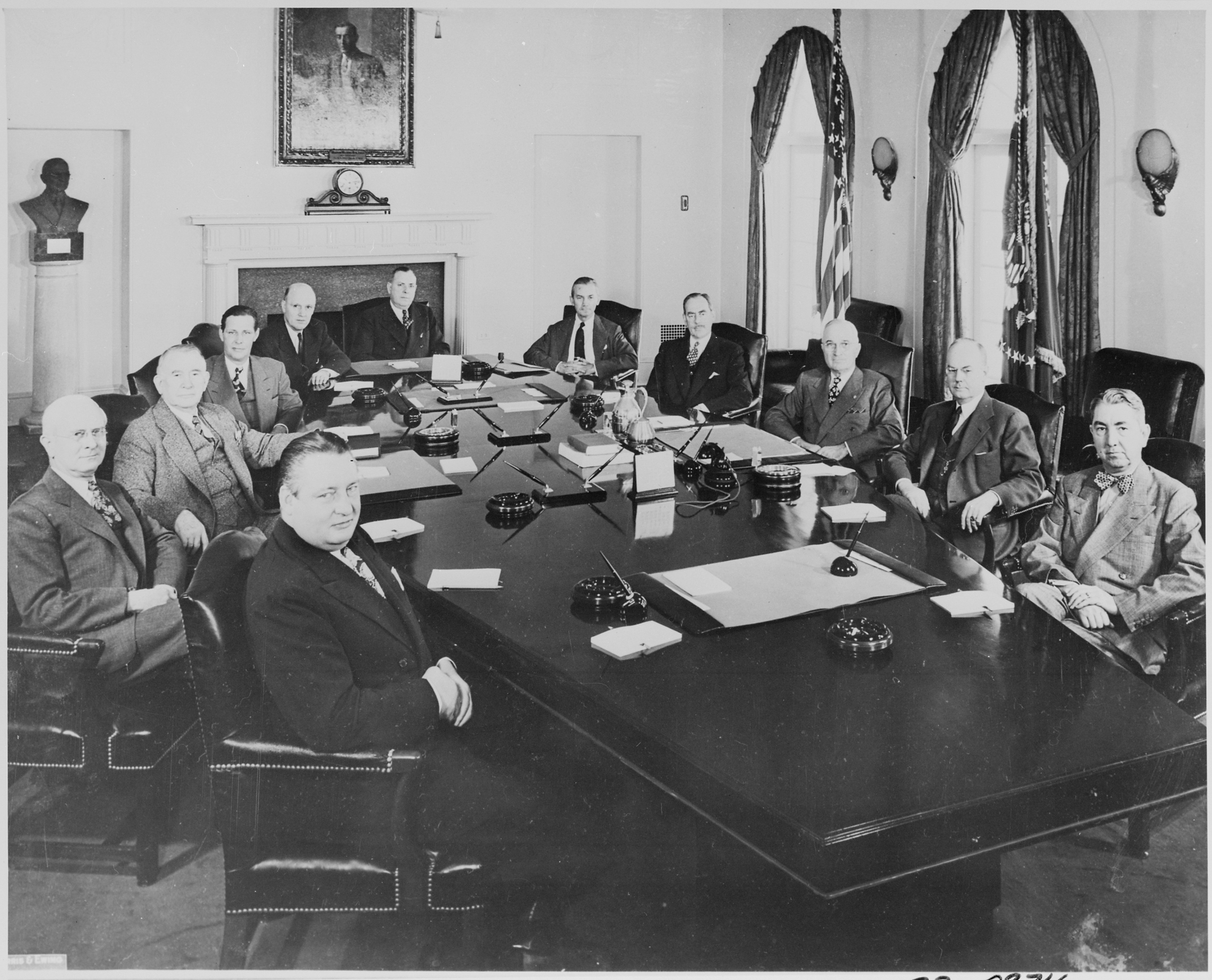 File:Photograph of President Truman and his Cabinet, in the ...