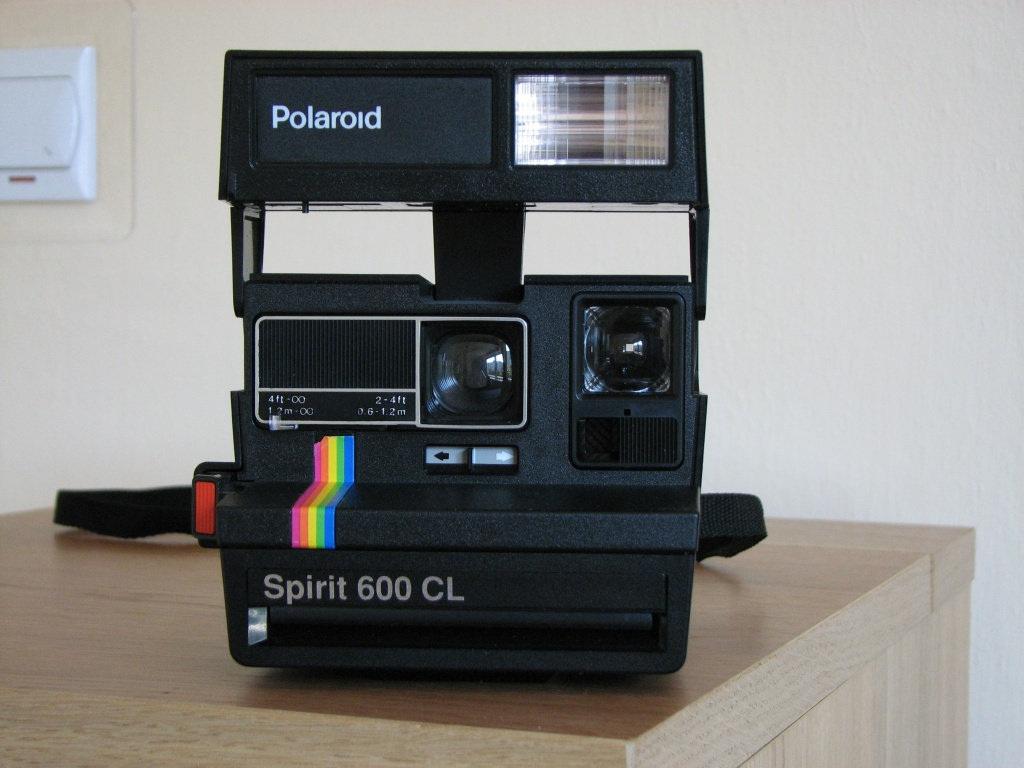 fichier polaroid spirit 600 cl wikilivres. Black Bedroom Furniture Sets. Home Design Ideas