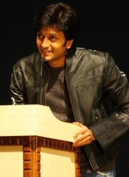 File:Riteish Deshmukh at Sympulse 2010.jpg - Wikimedia Commons