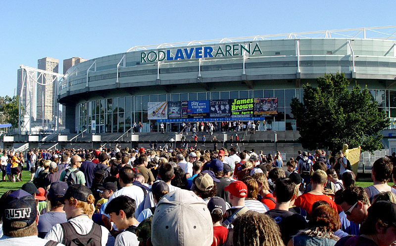 Rod Laver Arena, Australian Open Tennis crowds rolling into the event