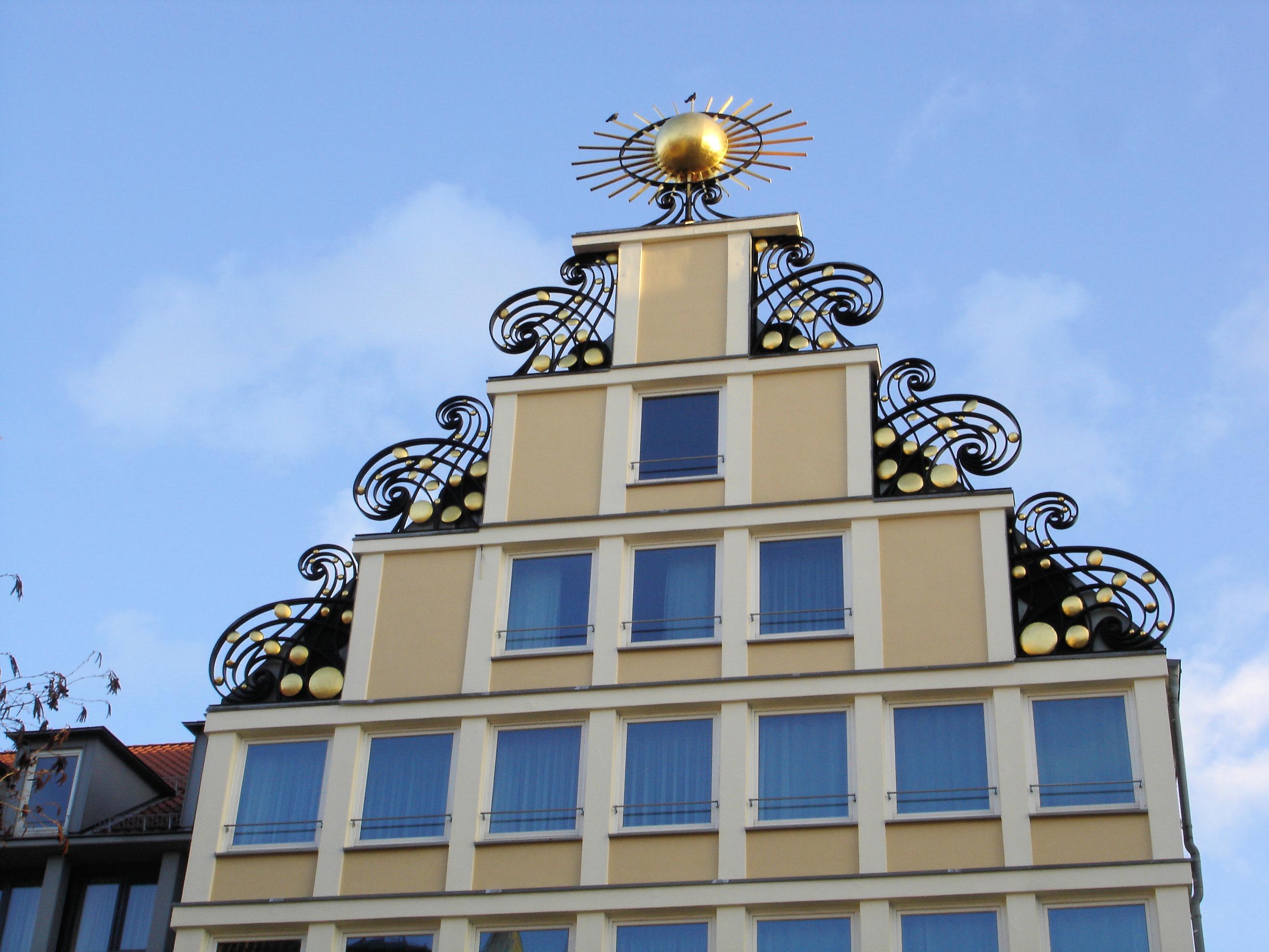 File Rostock Giebel Haus Sonne Wikimedia mons