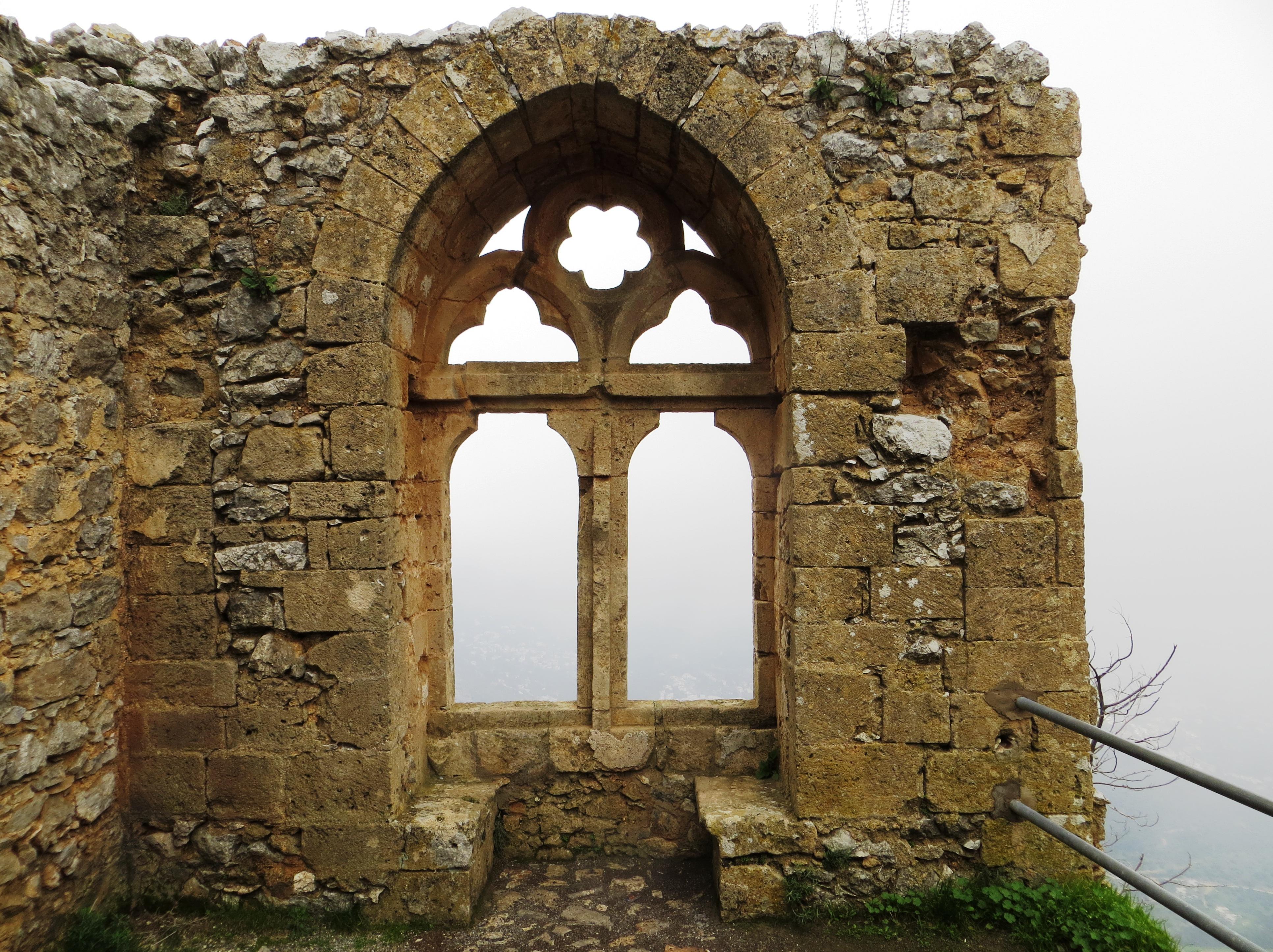 File:Saint Hilarion Castle - Queens window 02.JPG - Wikimedia Commons