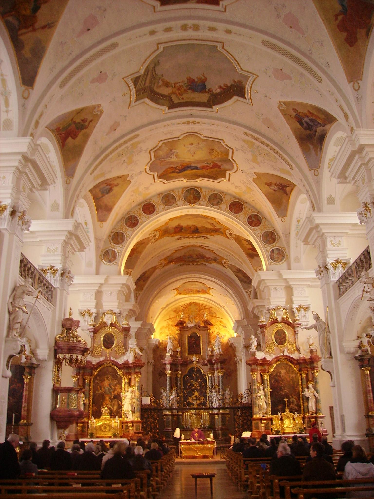Sankt Peters klosters kyrka Instagram posts - satisfaction-survey.net