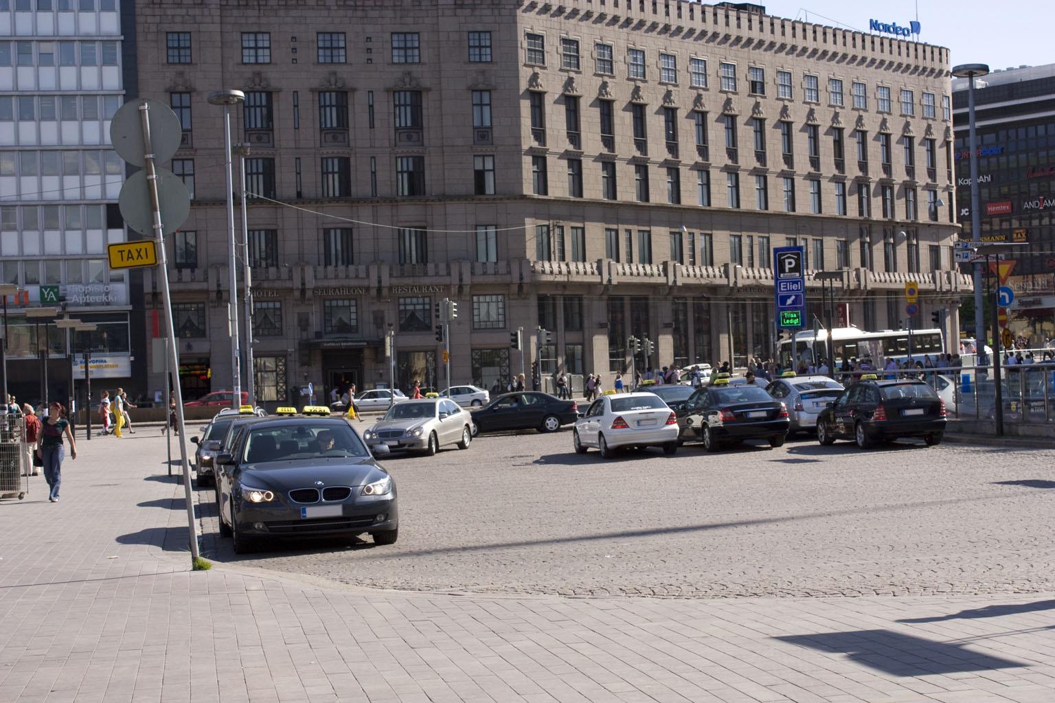 Helsinki: Transport