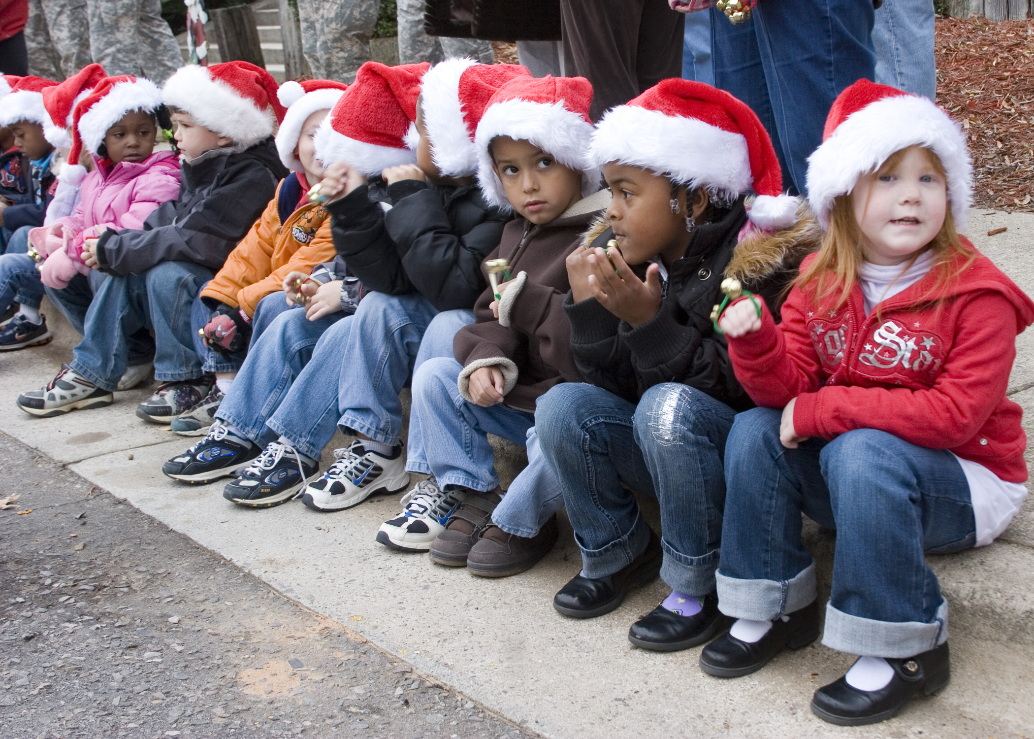 File:The children of U.S. Army personnel attend a Christmas party ...