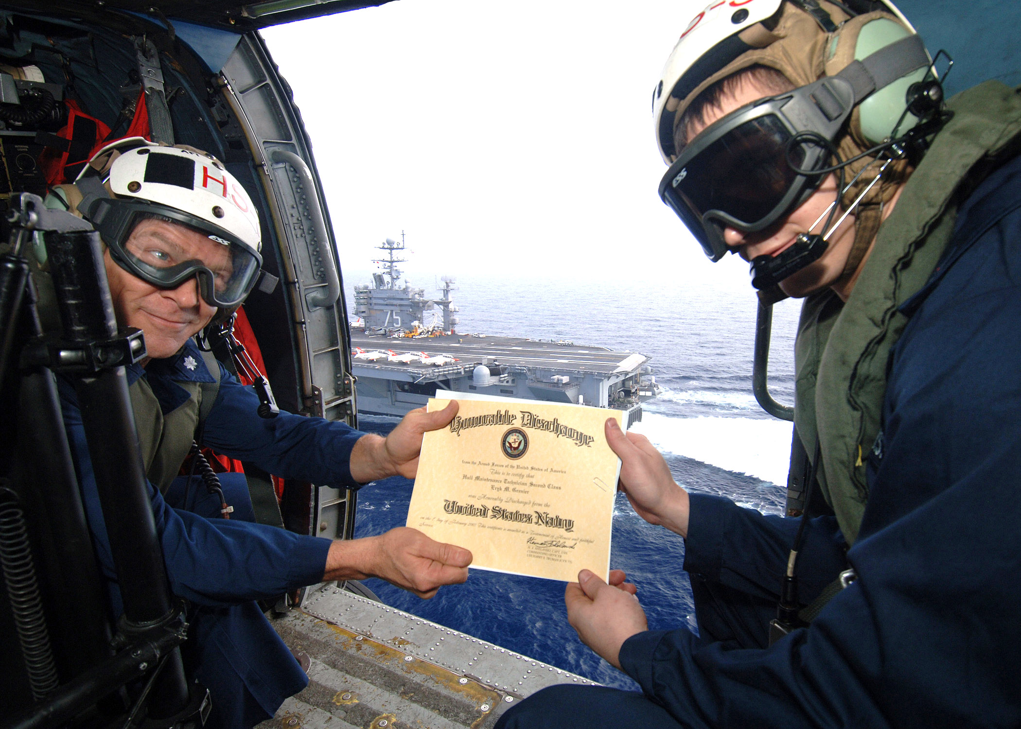 Fileus Navy 070202 N 0535p 023 Hull Maintenance Technician 2nd
